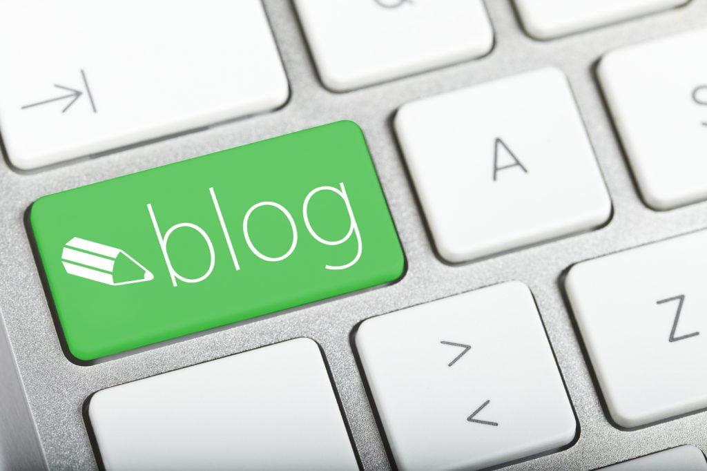 مزایا و تاثیر وبلاگ در طراحی سایت بر سئو و برندینگ
